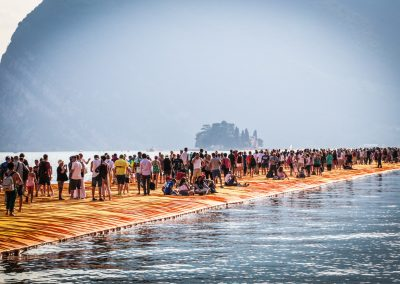 FLOATING PIERS I