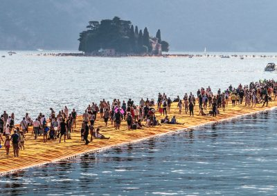 FLOATING PIERS II